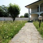 Busto Arsizio Villa Singola con ampio giardino