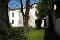 Prestigiosa Villa Castellanza Centro