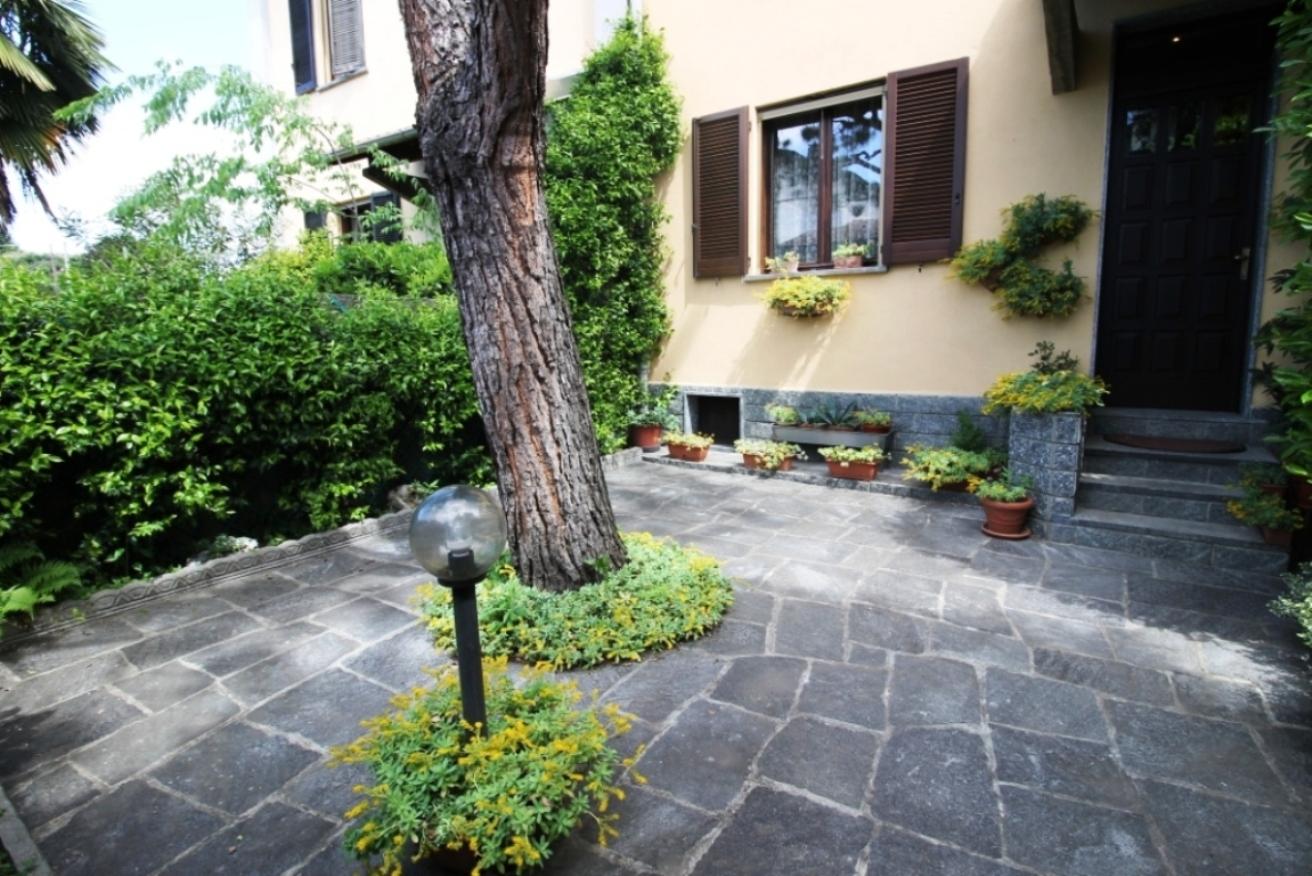 Busto Arsizio – Villa a Schiera – 03700